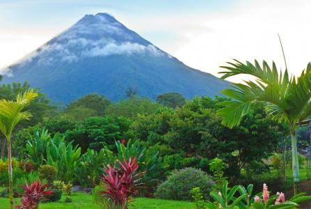 costa-rica-vulcano-Arenal-1070x720