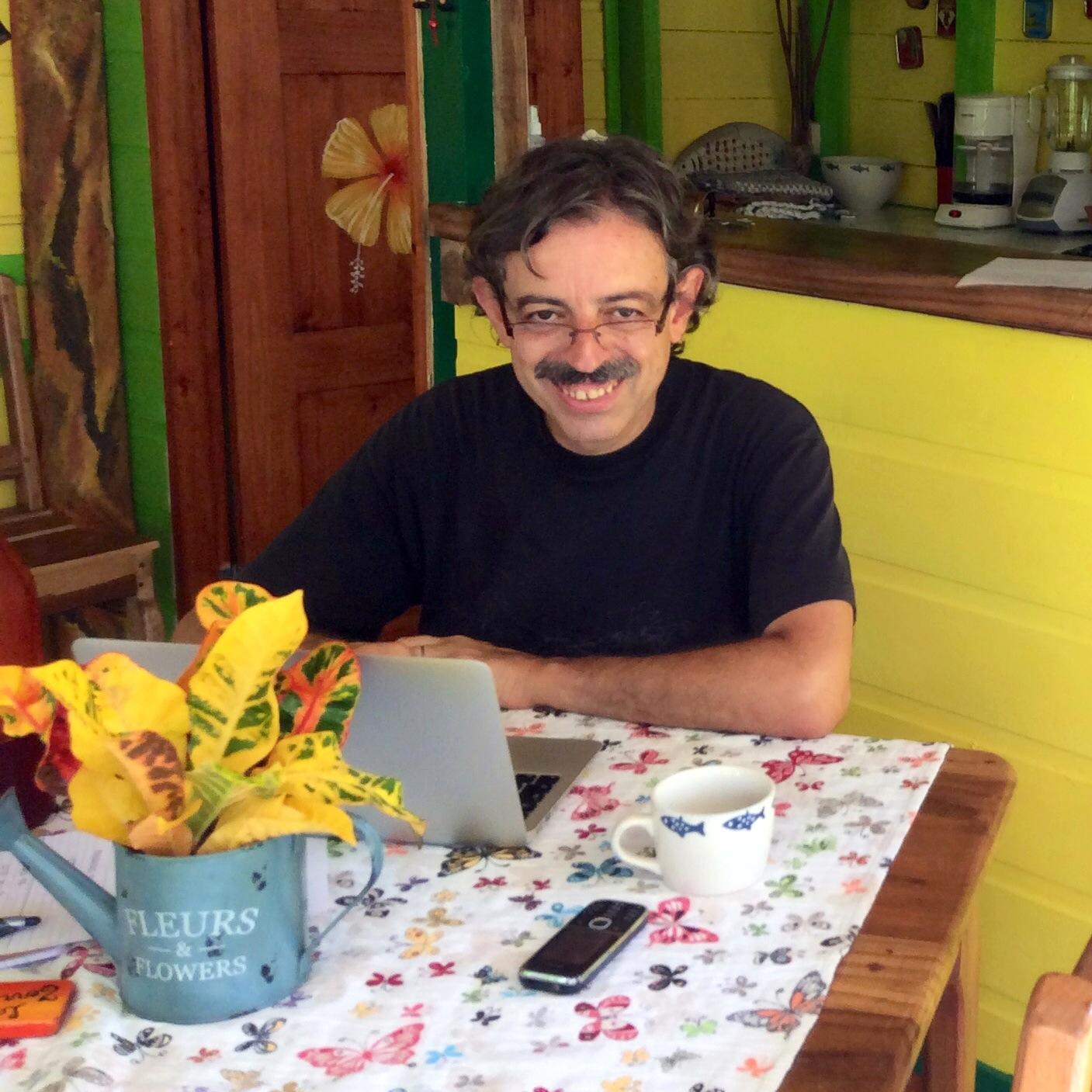 blogger alfredo