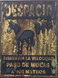 attenti al passaggio dei muli !